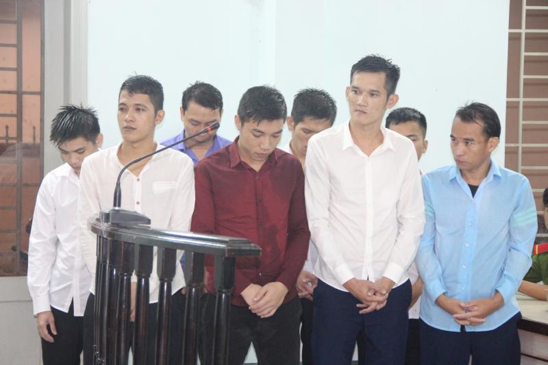 Các đối tượng tại phiên tòa