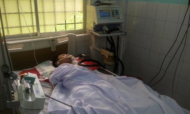 Bệnh nhân L. đã tử vong sau 3 ngày được các bác sĩ tích cực điều trị. Ảnh:Vũ Di.