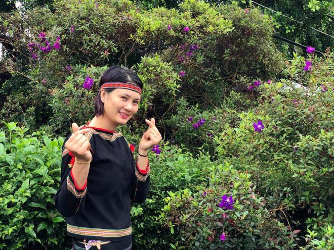 Ở tuổi 19, cô đã được trao băng đội trưởng đội tuyển bóng chuyền nữ Việt Nam, trẻ nhất trong lịch sử. Thời đỉnh cao (2002-2007), không vận động viên nào ở khu vực Đông Nam Á chơi hay hơn Kim Huệ ở vị trí phụ công.