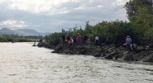 Khúc sông nơi xảy ra vụ đuối nước thương tâm.