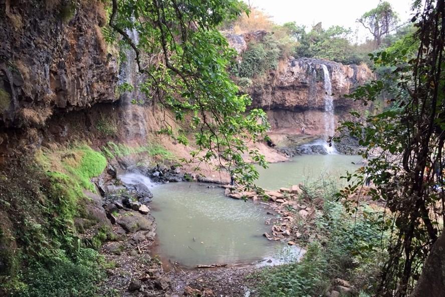 Thác Kueng O - một thác nước với không gian đẹp của huyện Chư Sê, Gia Lai.