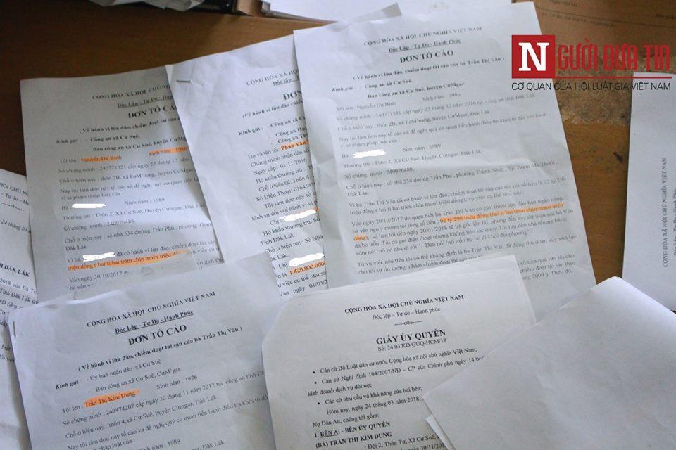  Nhiều đơn tố cáo của người dân gửi đến cơ quan chức năng cầu cứu.