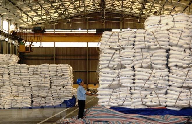 Kho chứa sản phẩm tại nhà máy đường Thành Thành Công Tây Ninh. (Ảnh: Lê Đức Hoảnh/TTXVN)