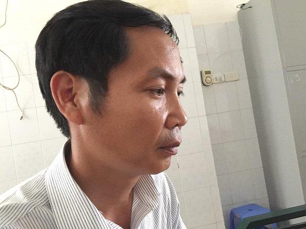 Đã nhiều ngày nay, anh Nguyễn Văn Minh không ăn không ngủ, thẫn thờ như người mất hồn