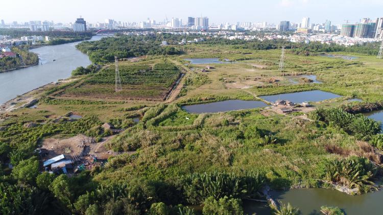Khu đất 32,4ha tại xã Phước Kiển được công ty Tân Thuận bán cho Quốc Cường Gia Lai với giá 1,29 triệu đồng/m2, rẻ hơn nhiều lần so với giá thị trường