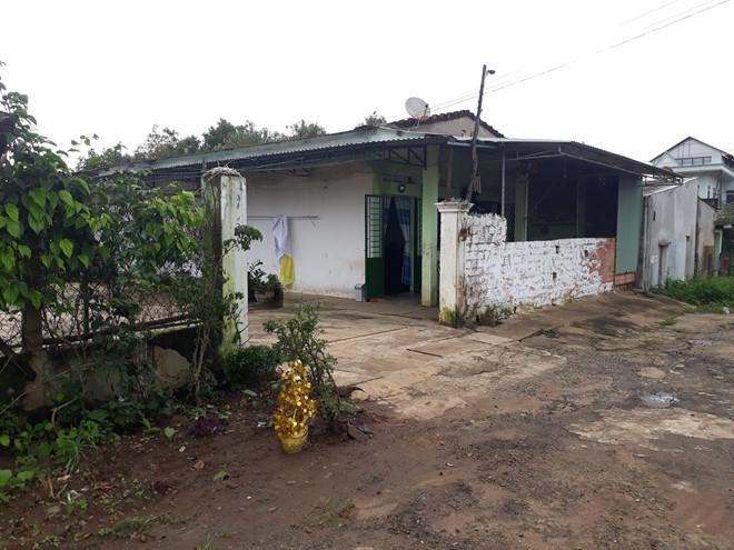 Căn nhà nơi chị Nhiêu bị hành hạ, tra tấn. Ảnh:Đình Văn.
