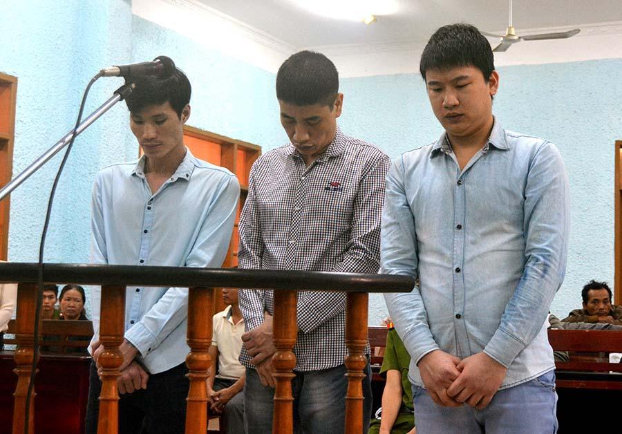 Các bị cáo tại phiên tòa. Ảnh: L.V.N