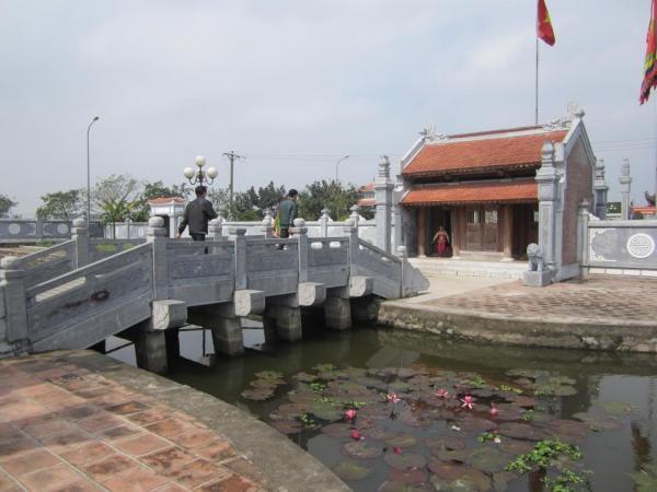 Lối vào đền