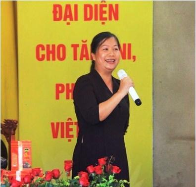 Chị Vũ Quỳnh Anh, Phó Ban Tổ chức khóa tu mùa hè 2017, đang công tác tại Trường THCS Thị trấn Kẻ Sặt.