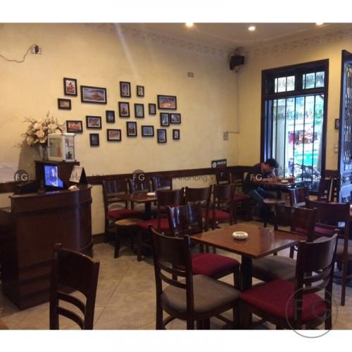 Không gian Napoli theo kiến trúc Pháp cổ điển (Nguồn: Napoli Coffee)