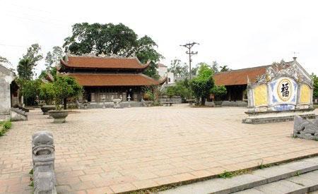 Nơi thờ tự linh thiêng, thu hút được nhiều du khách thập phương. (Nguồn: camgiang.haiduong.gov.vn)