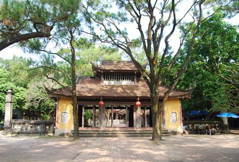 Ngôi chùa yên tĩnh giữa núi rừng. (Nguồn: Cinet.vn)