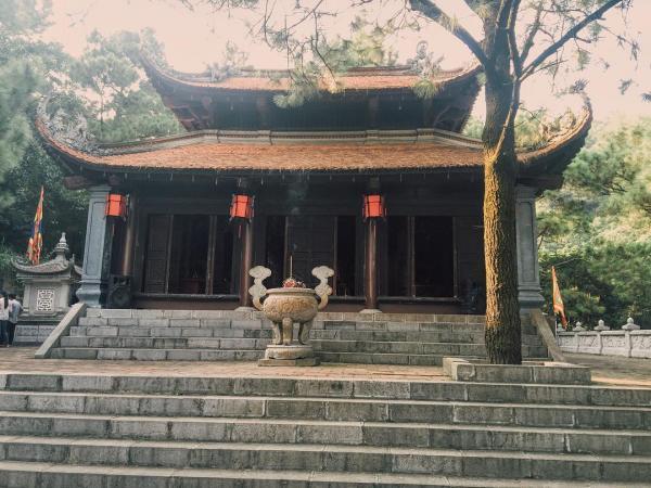Côn Sơn - Kiếp Bạc không chỉ đẹp bởi nét kiến trúc cổ kính... (Nguồn: huynhmytrang)