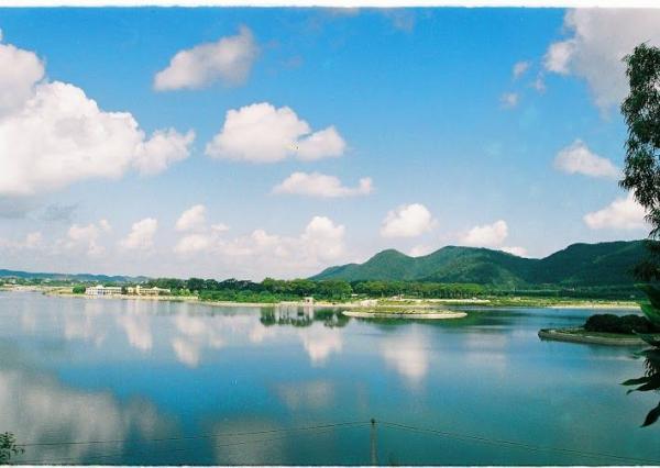 Hồ Côn Sơn. (Nguồn: consonkiepbac)