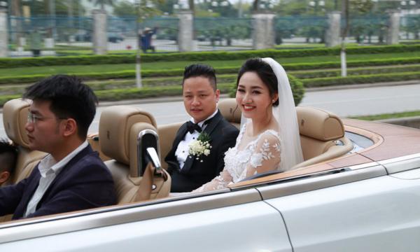 Đáng chú ý nhất là màn đám cưới siêu xe hàng khủng trong lễ cưới của Á hậu cuộc thi Hoa hậu Hoàn vũ Việt Nam 2015 Ngô Trà My tại Hải Dương vào hồi tháng 3/2016.