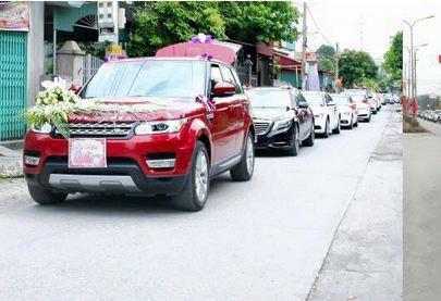Những chiếc SUV Range Rover vinh dự được dẫn đoàn.