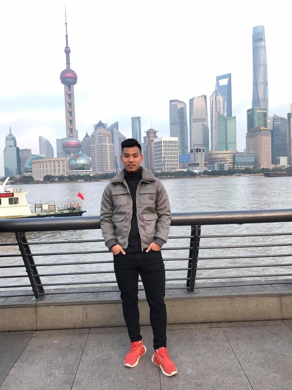 Anh lại càng nổi tiếng hơn khi giành một vé tham gia vào đội tuyển U23 Việt Nam thi đấu tại Thường Châu (Trung Quốc).