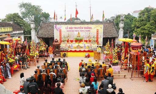Lễ hội chùa Bạch Hào được tổ chức vào ngày mồng 5, 6 tháng Giêng âm lịch hằng năm. (Ảnh: phatgiao.org.vn)