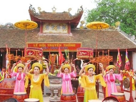 Lễ hội Đền Sượt được tổ chức vào 2 ngày 9 và 10 tháng 3 âm lịch hàng năm. (Ảnh: bantuyengiao.haiduong.org.vn)