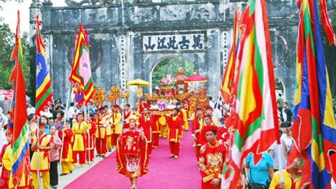 Lễ hội đền Kiếp Bạc. (Ảnh: vietnamnet.vn)