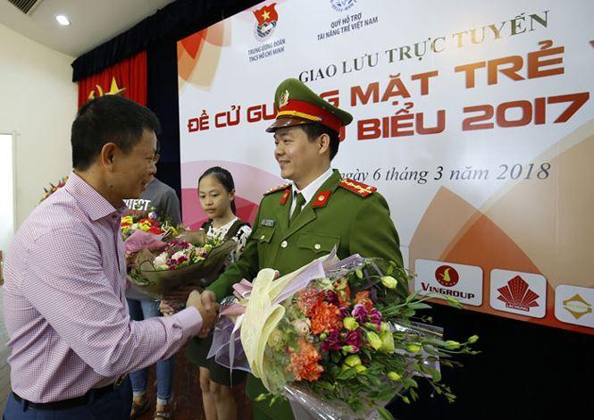 Đại úy Phạm Văn Dân- ảnh báo Tiền Phong