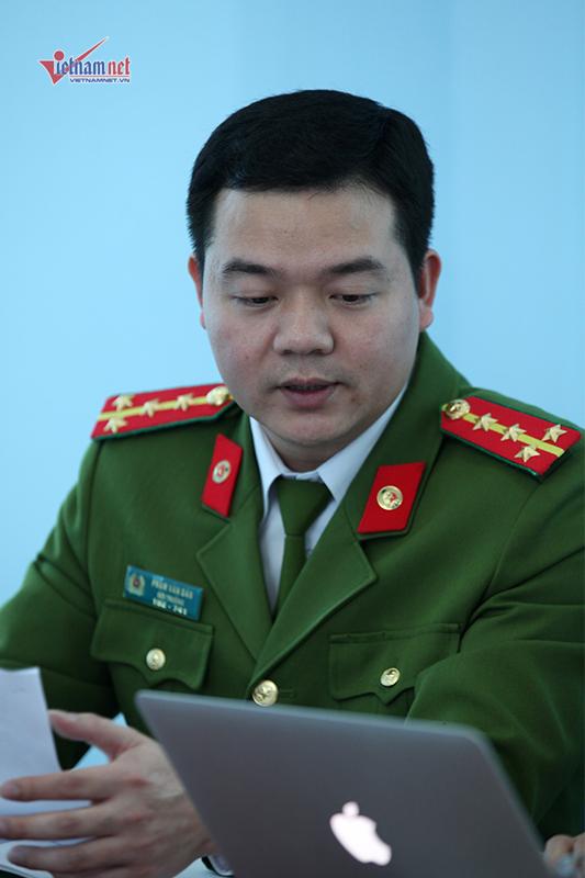 Phạm Văn Dân tại buổi giao lưu với độc giả VietNamNet chiều 9/3. Ảnh: Lê Anh Dũng