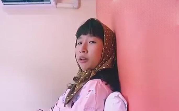 Trang Hý trong clip hài hước mới đây