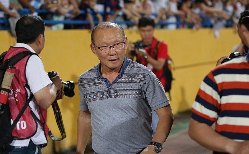 HLV Park Hang Seo sẽ trao cơ hội cho Văn Toàn ở U23 và đội tuyển Việt Nam?. Ảnh S.N