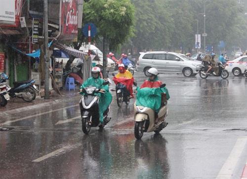 Trung và Nam Bộ có mưa lớn. Ảnh: Đời sống Pháp luật