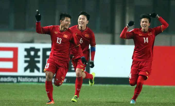 Niềm vui của Đức Chinh sau khi ghi bàn vào lưới U23 Iraq. Ảnh: Hữu Phạm