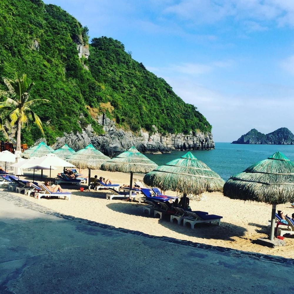 Đảo Cát Bà - Hải Phòng là một trong những điểm du lịch nổi tiếng đón đông đảo khách du lịch trong và ngoài nước. (Ảnh: Barwowwair)