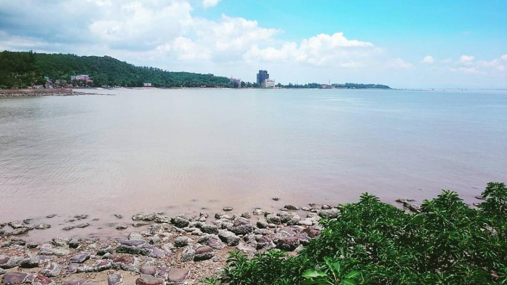 Khung cảnh biển bình yên khi nhìn từ Hòn Dấu resort. (Ảnh: @jacklez.ts)