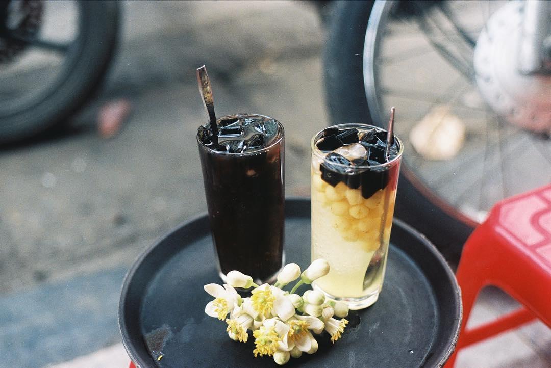 Chè bốn mùa với đặc trưng là những món chè mang hương vị truyền thống của Hà Nội xưa. (Ảnh: muomnemo)