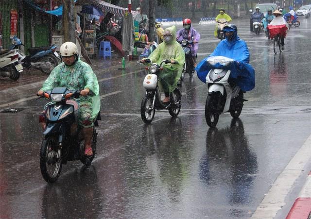 Ngày mai, miền Bắc chuyển mưa dông. Hình minh họa