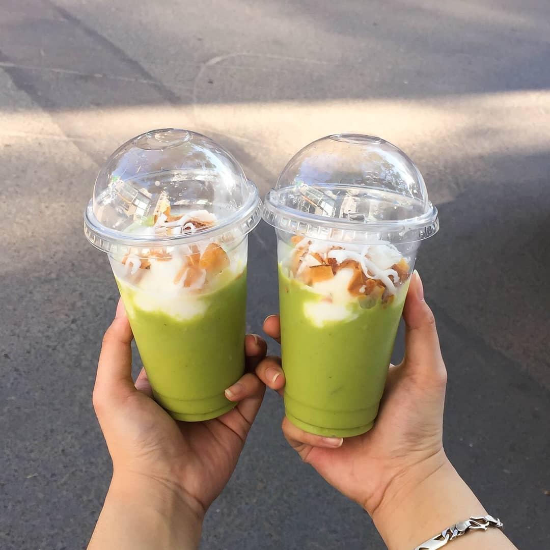 Cái vị béo thơm, ngầy ngậy của kem bơ rất hợp với tiết trời Hà Nội giữa những ngày nóng nực của mùa hè. (Ảnh: anotherfoodaddict)