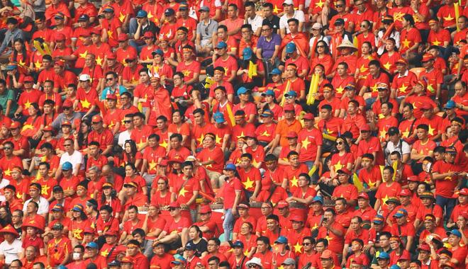 Tờ báo Hàn Quốc tin CĐV sẽ tạo thêm sức mạnh để U23 Việt Nam đả bại UAE.