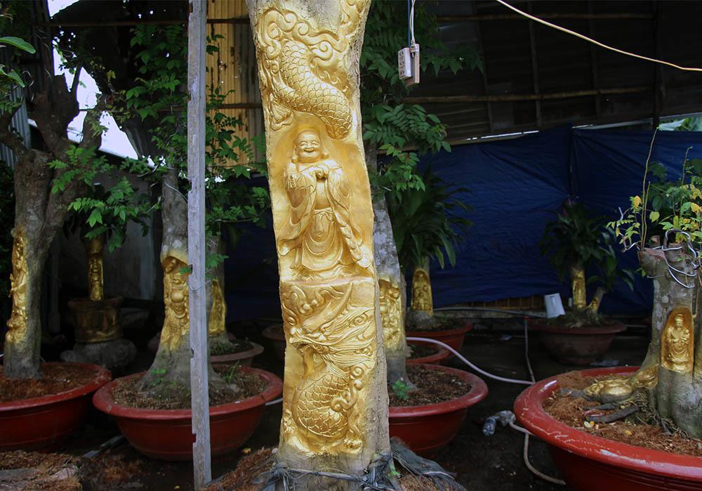 Mỗi bức tượng có giá từ 5 - 100 triệu đồng