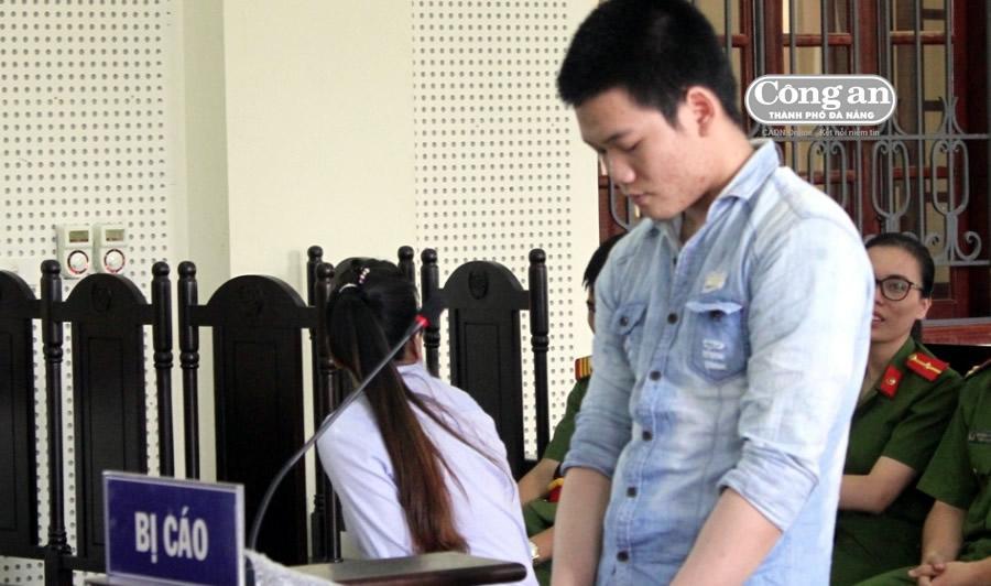 Bị cáo Lý Thành Đạt tại phiên tòa.