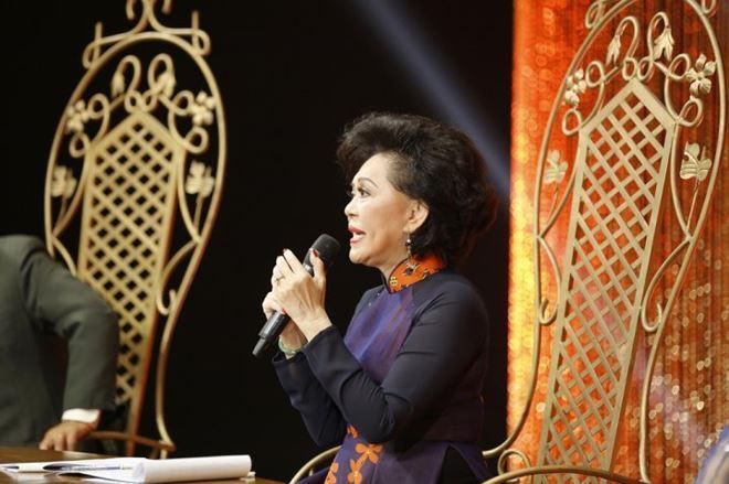 Giám khảo Giao Linh