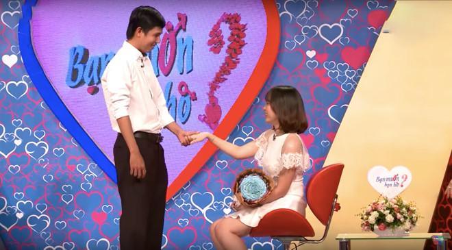 Cặp đôi Quốc Trung - Thảo Dung mang lại nhiều tiếng cười cho trường quay.