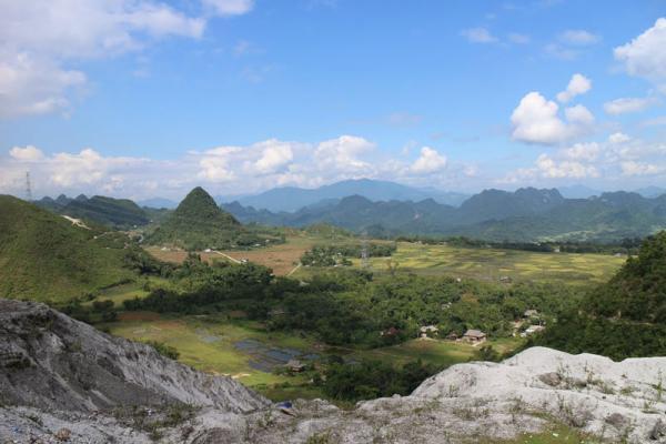 Một ngày ở Thung Khe chứa đựng cả 4 mùa