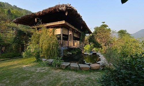 Là người làm trong ngành xây dựng, gia chủ mong muốn sở hữu một ngôi nhà theo lối kiến trúc địa phương, gần gũi với thiên nhiên và tiết kiệm chi phí.