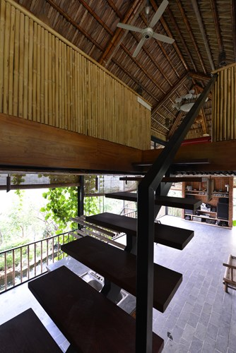Tầng áp mái là nơi nghỉ ngơi của các thành viên trong gia đình.