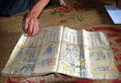 Cuốn sổ quý của ông Đồng.