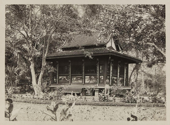 Đền thờ trong Thảo Cầm Viên Sài Gòn, 1928. Ảnh: Paris.fr.