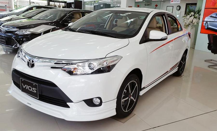 Mẫu sedan bán chạy bậc nhất Việt Nam hiện nay cũng được điều chỉnh giảm giá bán.