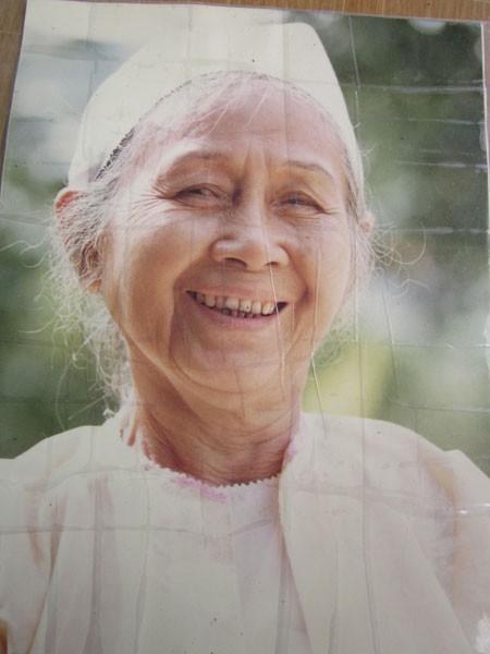 Di ảnh bà Đinh Thị Nụ trong những năm tháng cuối cùng của cuộc đời buồn.