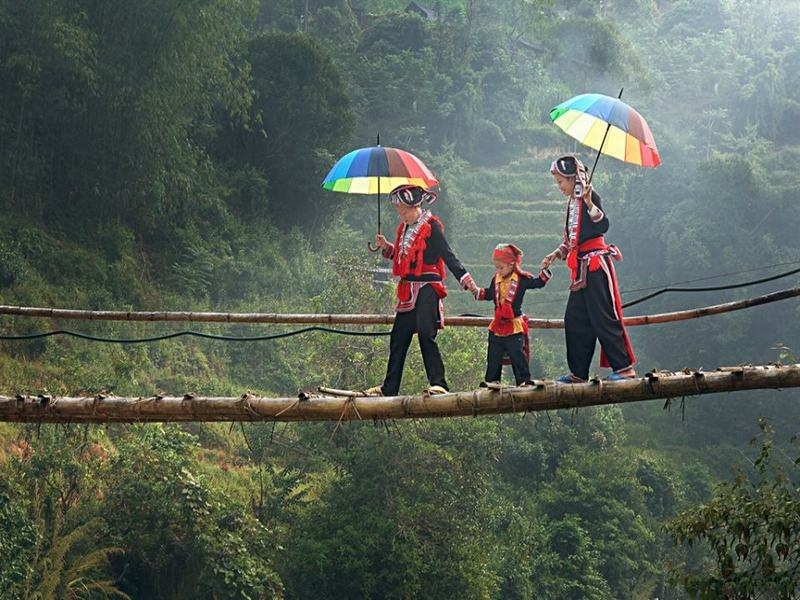 Ngoài ra, du khách có thể ghé thăm Làng Mô để hòa mình trong những vẻ đẹp bình dị của cuộc sống thường nhật. (Ảnh: Internet)