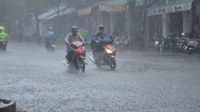 Hà Nội hôm nay sẽ có mưa vừa, mưa to
