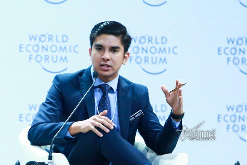 Bộ trưởng Syed Saddiq Abdul Rahman trong hội nghị WEF ASEAN 2018 ở Việt Nam. Ảnh: Phạm Hải